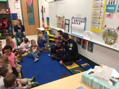 Officer Temple visits Preschool